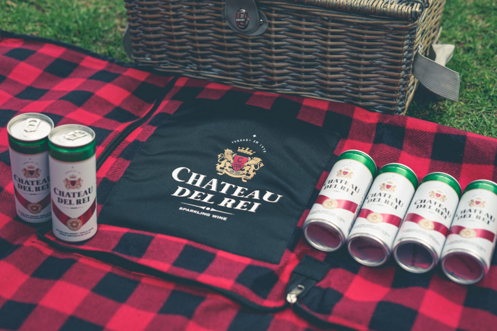 WIN: One of 5 Chateau Del Rei Hampers (closed)