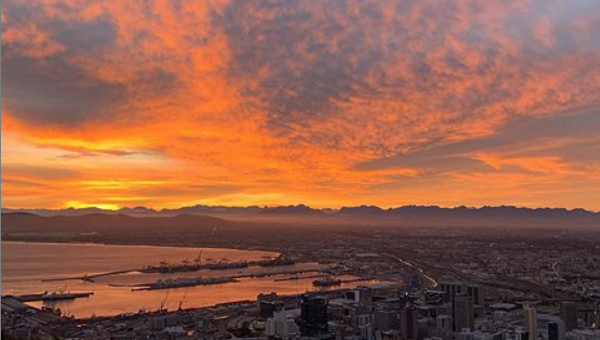 A magical autumn sun rises in Cape Town