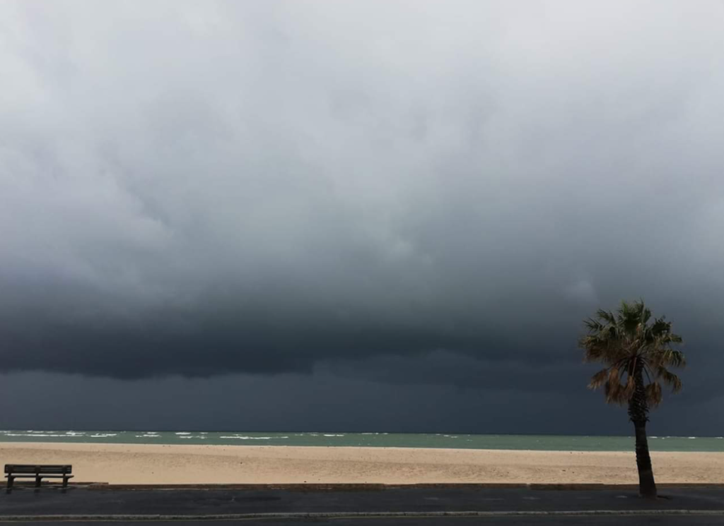 Stormy weather wreaks havoc in Cape Town