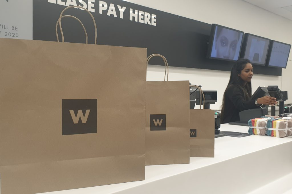 Woolies to trial paper bags in Cape Town
