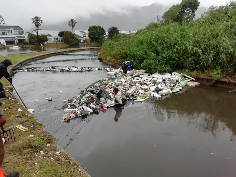 Cape man collects river litter