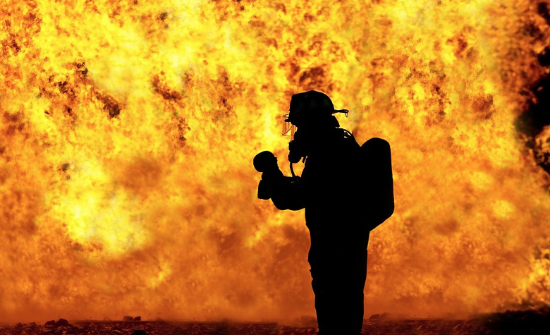 Cape Town fire hazards looming closer