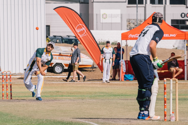 ChristmasETC: Win an experience at Sasfin Cape Town Cricket Sixes (CLOSED)