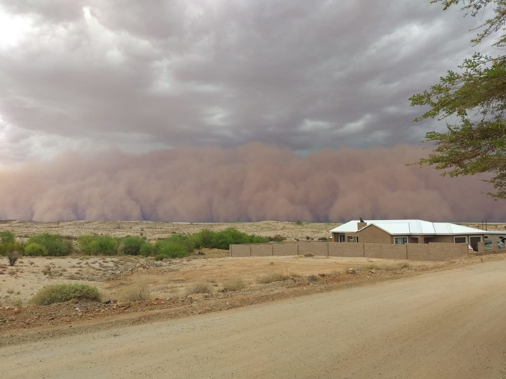 Dust storm hits Northern Cape