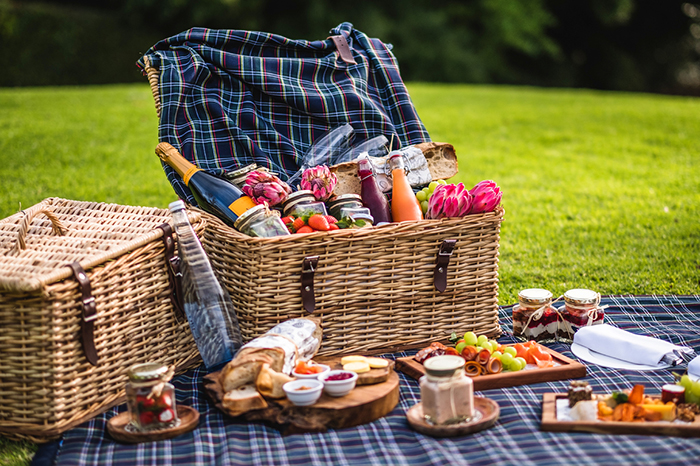 Relax with a scenic picnic at Cellars-Hohenort