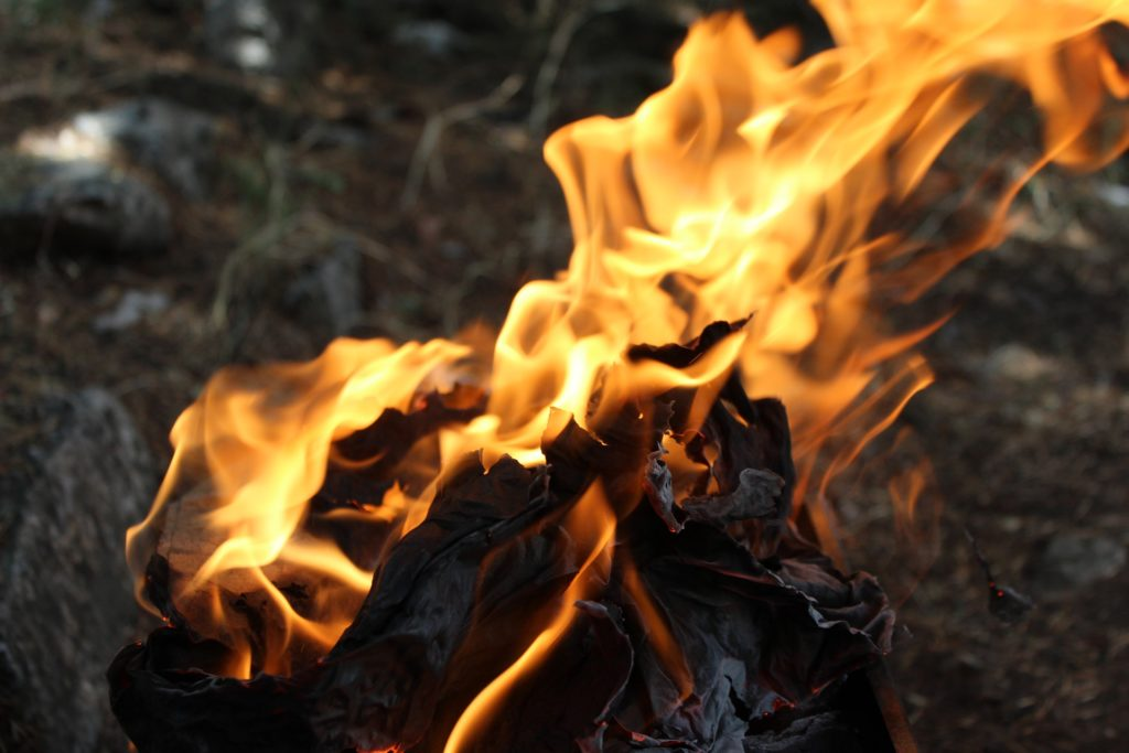 Mountain fire above Clifton contained