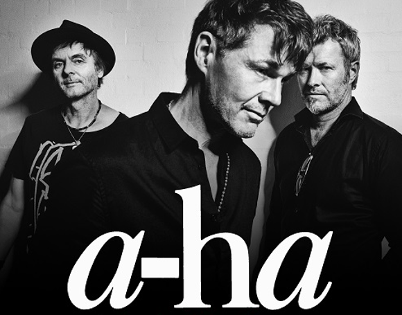 A-ha performs in South Africa
