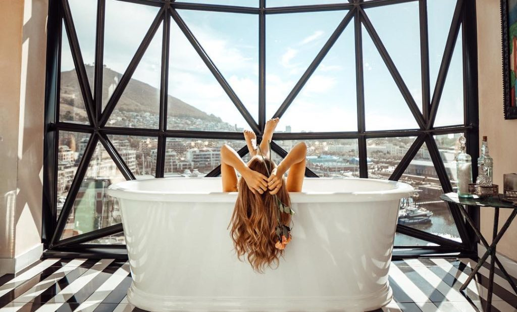 Cape hotel among world's most Instagrammable bathrooms