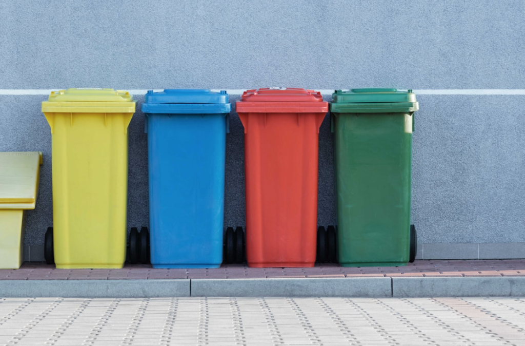 Cape Town pilots free residential compost bins