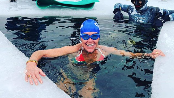 Capetonian sets world record by diving into icy waters