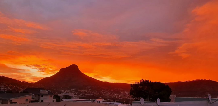 Sunrise and sunset brighten up lockdown in the Mother City
