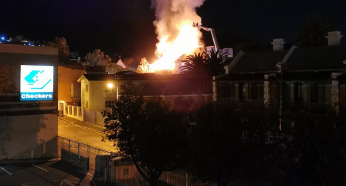 Four apartments in Kloof Street gutted by fire