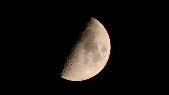 Lunar eclipse visible from Cape Town tonight