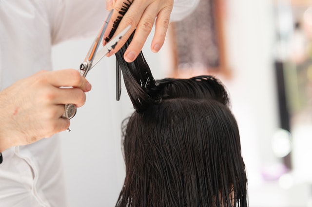 Hairdressers go to court to reopen salons