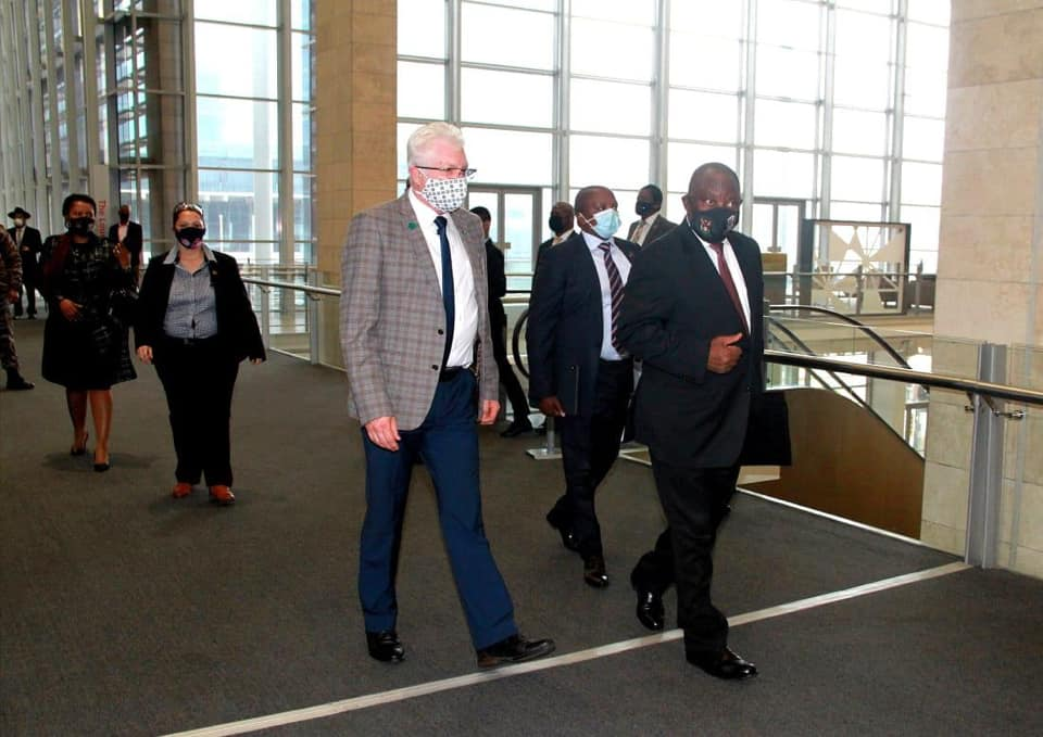President visits CTICC field hospital