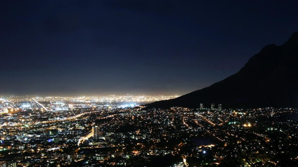 Under Cape skies: The Mother City without pollution