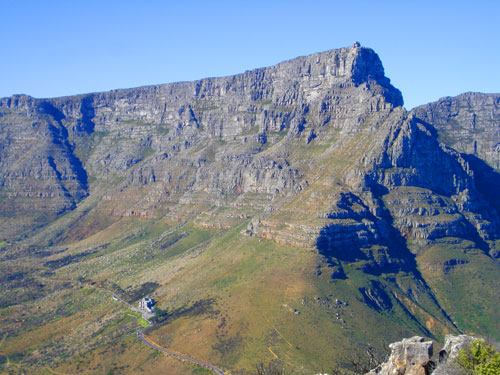 Girl (15) rescued from Table Mountain after hiking injury