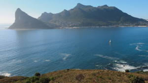 Hout Bay protesting leads to road closures