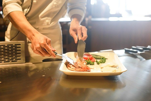 Restaurant industry creates buddy system to stay afloat