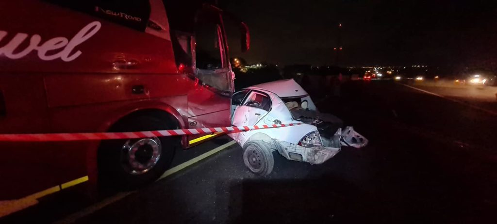 Bus and car collide near Paarl