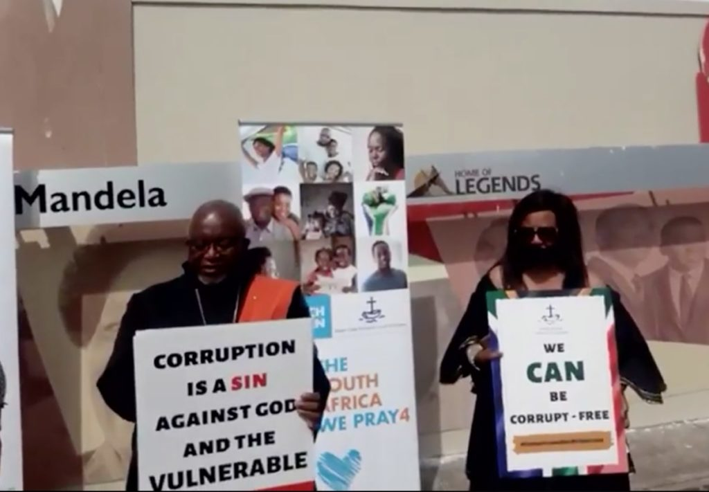 Church leaders hold silent protest against corruption