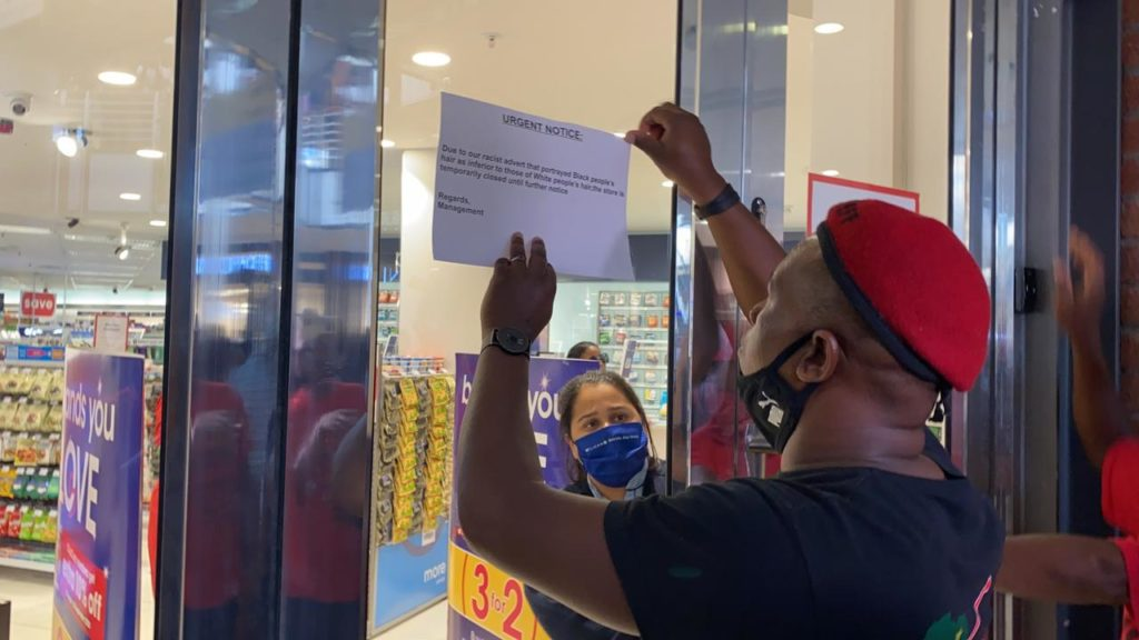 EFF enters Clicks Waterfront and cause disruption
