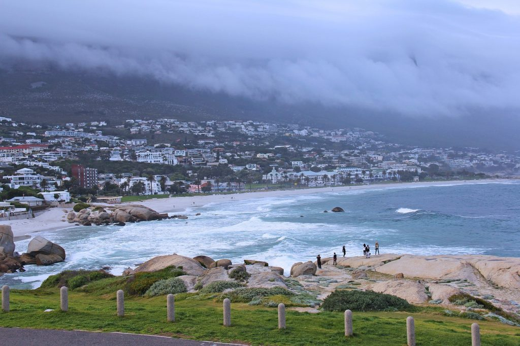 Camps Bay occupiers leave mansion