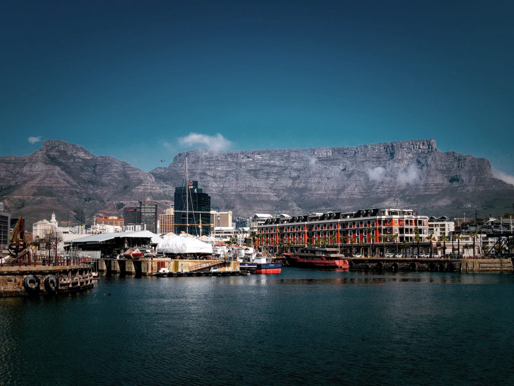 Cape Town needs votes to win global world travel awards