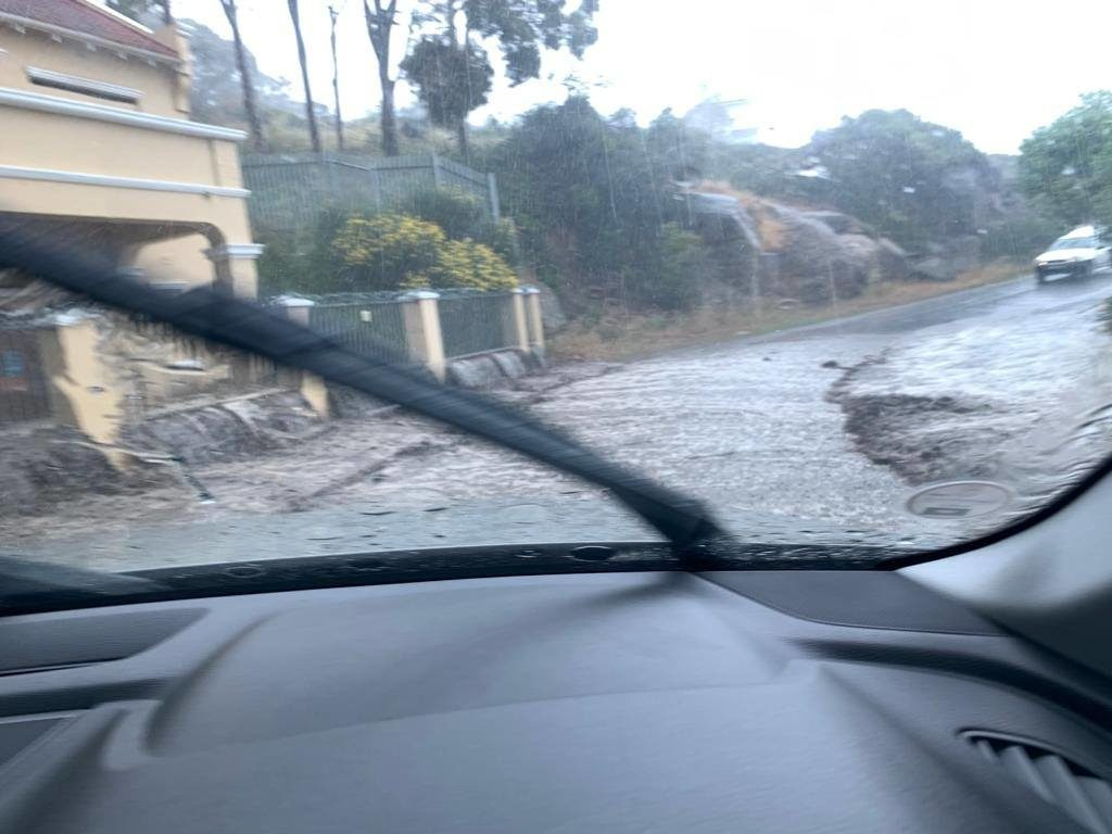 Several roads flood in Cape Town as the rain pours
