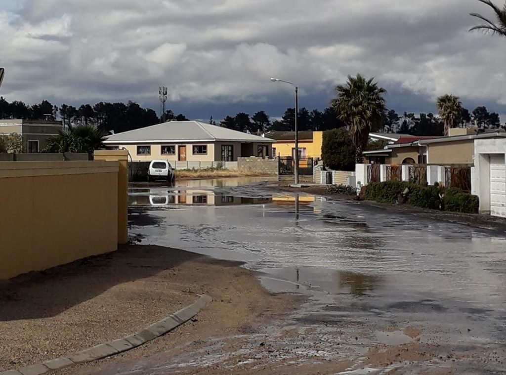 Multiple homes flooded after heavy rainstorm in Botrivier