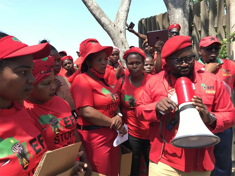 The Economic Freedom Fighters (EFF) were granted permission by the City of Cape Town to protest off the school grounds of Brackenfell High School on Friday, November 20. Only 100 members of the political party have been allowed to protest at the school which is under investigation for allegations of racism.