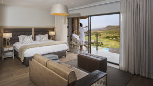 Aquila Private Game Reserve offers 30% off overnight stays in November