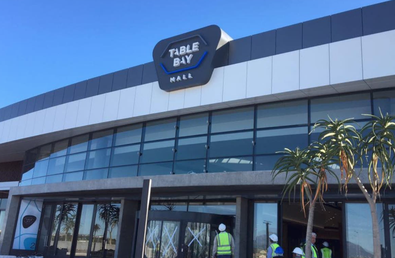 Table Bay Mall store robbed