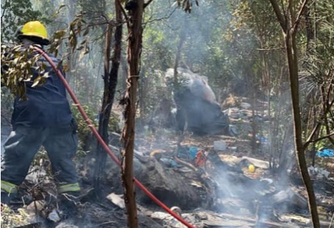 A fire that broke out in the Oudekraal area was quickly extinguished by the NCC Environemntal Services on Friday, November 27. They were assisted by the City of Cape Town's Fire and Rescue Service.