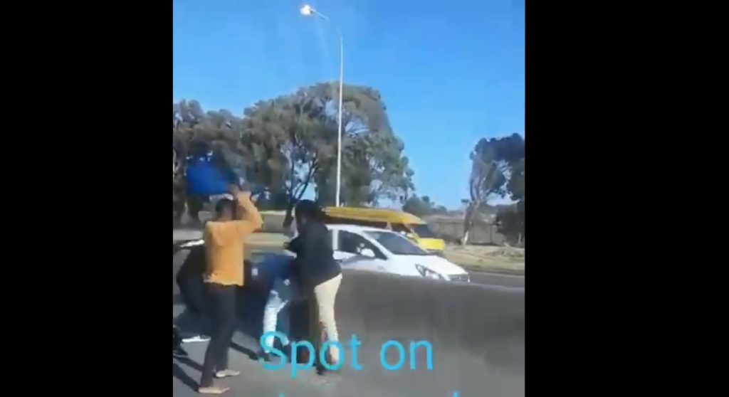 Motorist attacked by group of taxi drivers on N2 highway