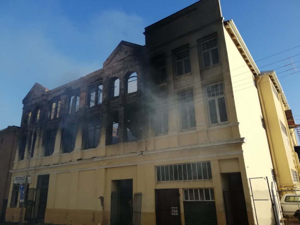 Fire completely guts building in Cape Town CBD