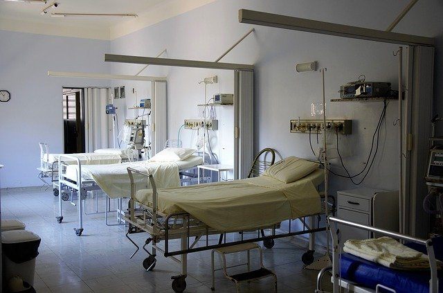 COVID-19 admissions in the Western Cape have pushed up by 409%. Earlier this week, on Thursday, December 10, Mibister of Health Zweli Mkhize also noted the province as one of the key drivers in the country's second wave. Other provinces that are accounting for the highest numbers include the Eastern Cape, KwaZulu-Natal and Gauteng.