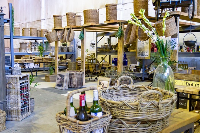 Christmas ETC: Win wine crates from The Hideaway valued at R2975