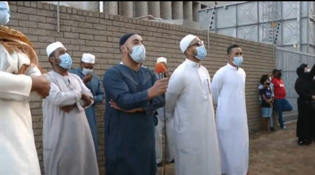 Video of interfaith prayer outside Cape Town hospital goes viral