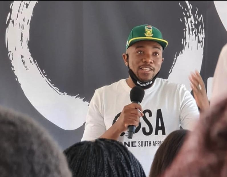 Maimane's movement to back independent candidates in local elections