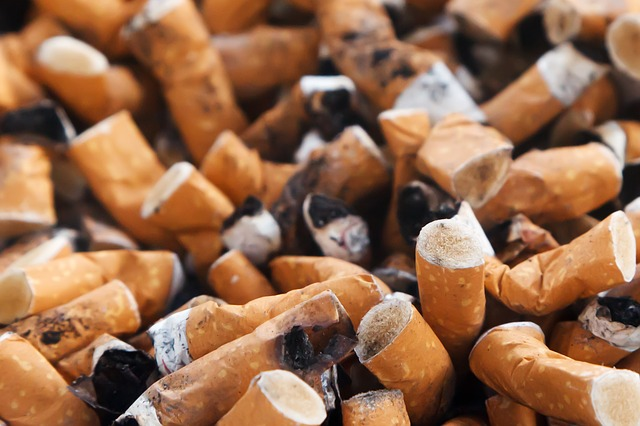 Study finds smoking is associated with increased risk of COVID-19 symptoms