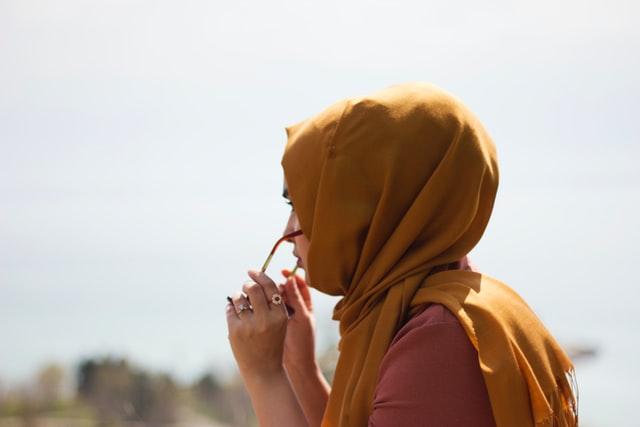 SANDF allows Muslim women to wear headscarves with uniform