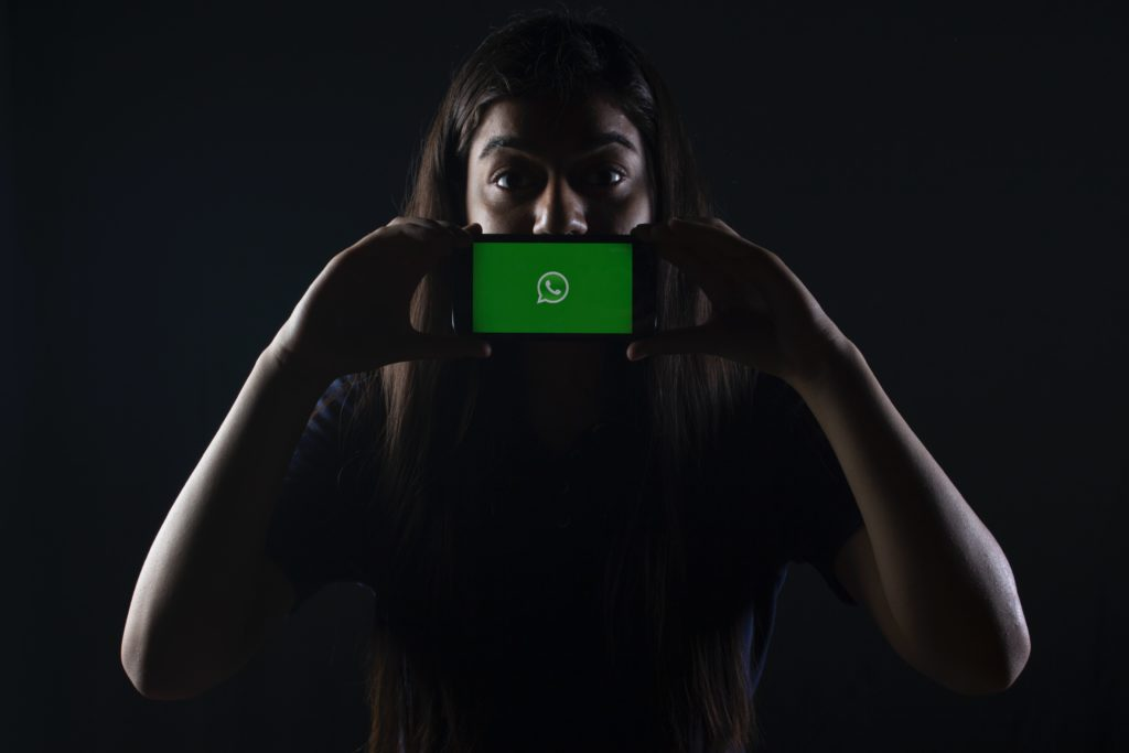WhatsApp tries to clarify what its privacy policy update means (ready)
