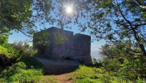 TAKE A HIKE: Rhodes Memorial to King's Blockhouse
