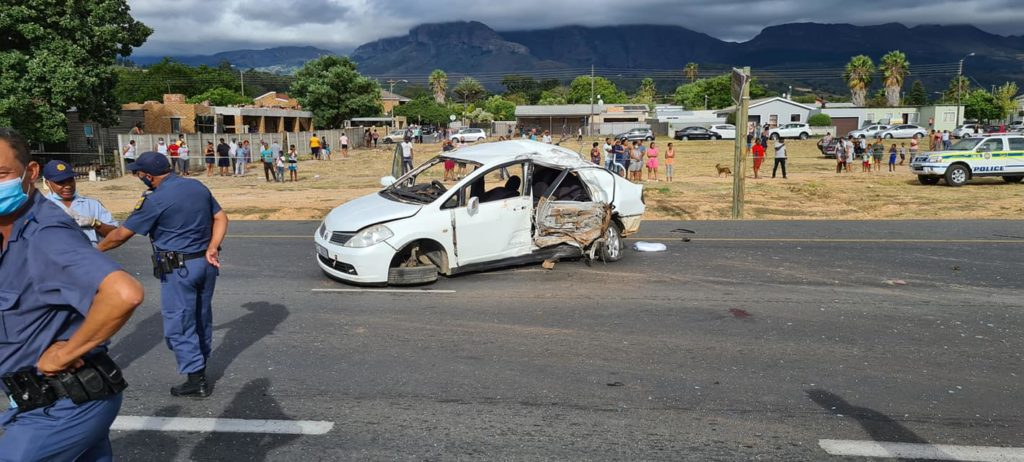Hijackers arrested swiftly after crashing in Paarl