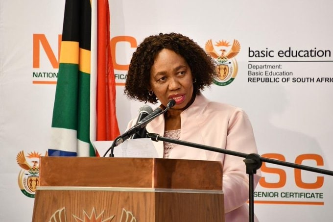 Western Cape matrics score 79.9% pass rate