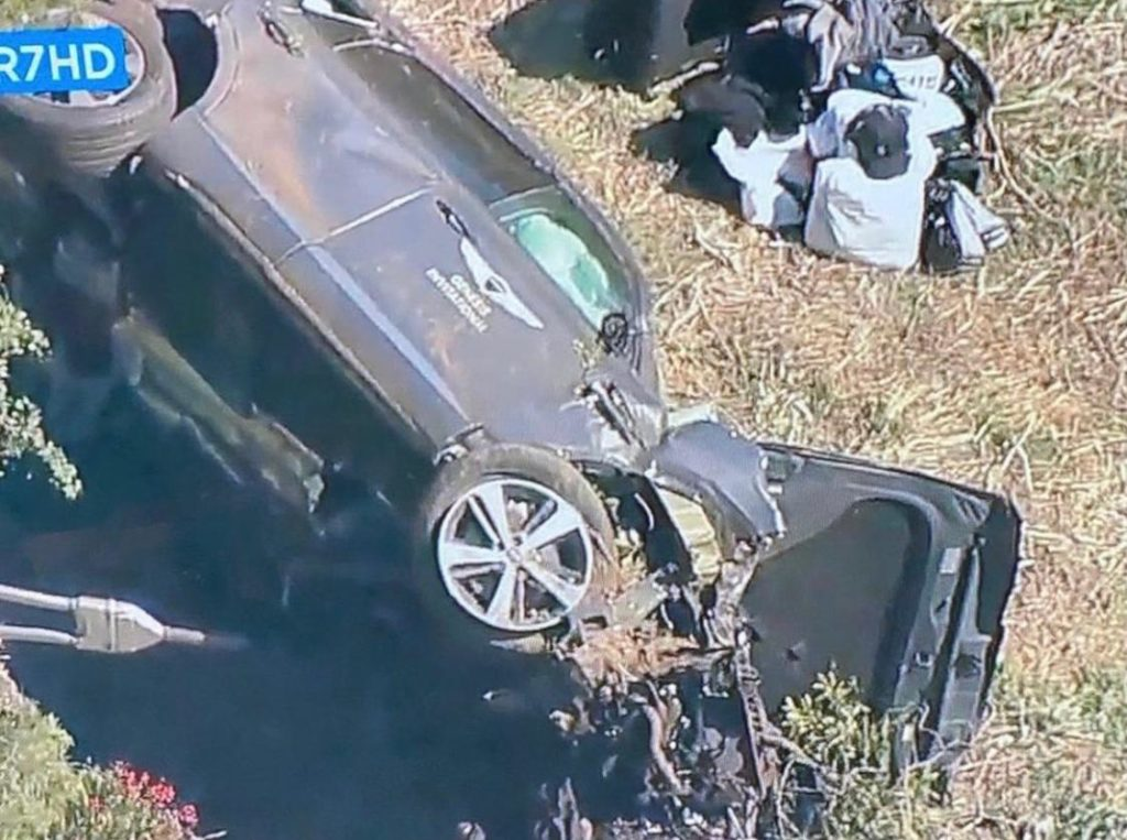 Tiger Woods removed from car crash with jaws of life