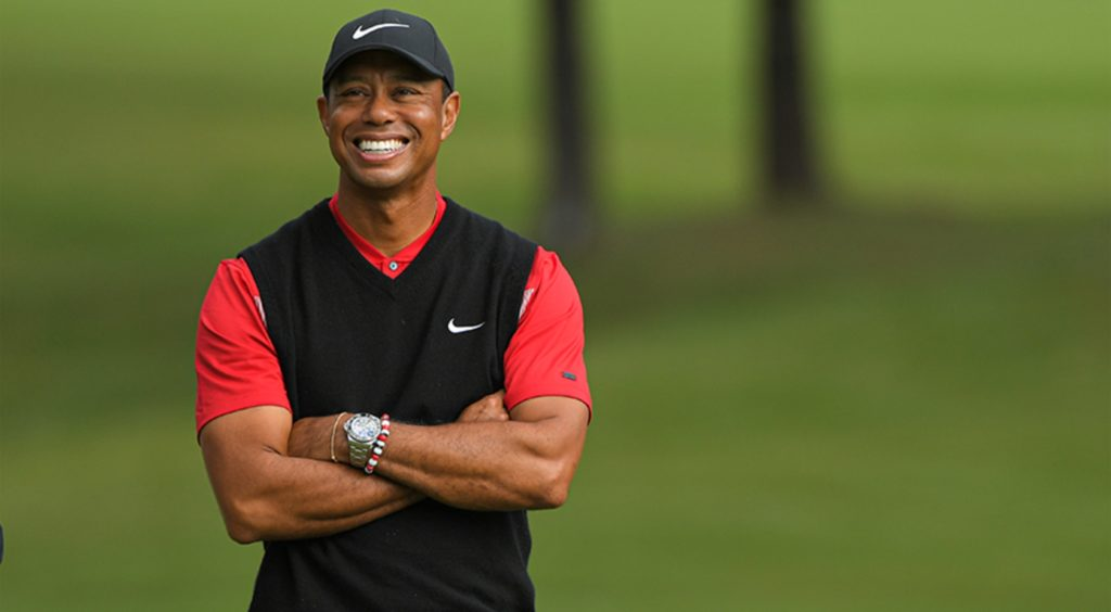 Tiger Woods stable after surgery for multiple fractures