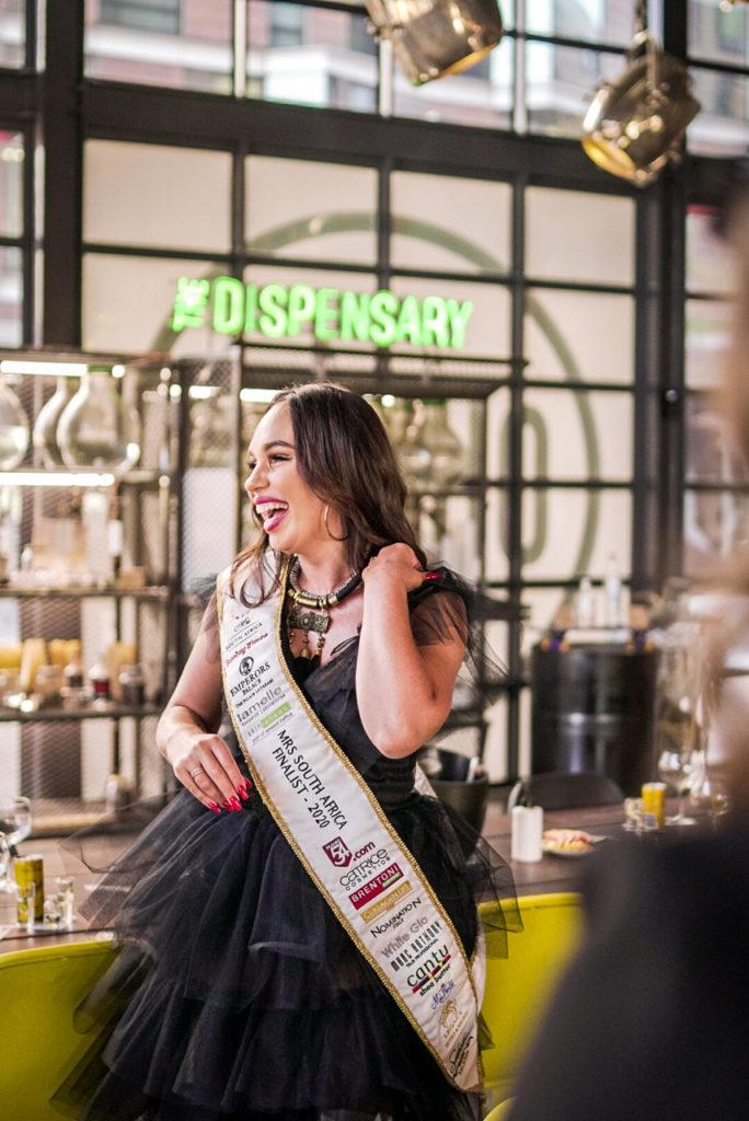 Mrs SA contestant Chandre Goosen-Joubert gives back to charity