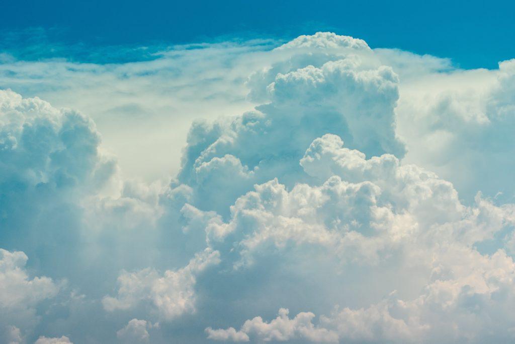 Clouds & sun for Saturday fun